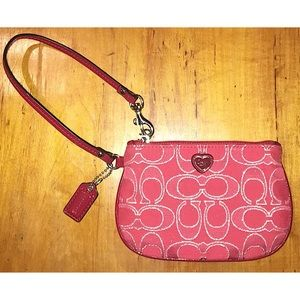 💗Coach Signature Canvas Wristlet